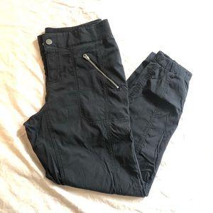 Athleta jogger pants- black size 6